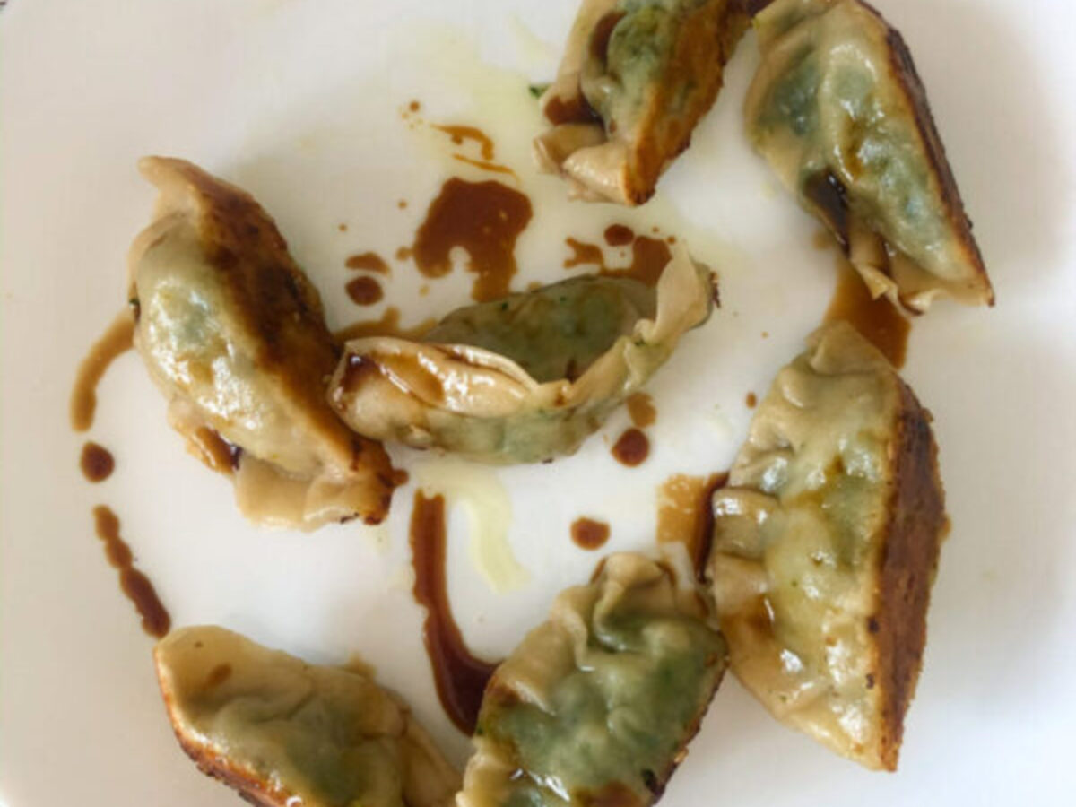 Ricetta Gyoza Ai Gamberi.Ravioli Giapponesi Gyoza Con Ripieno Di Gamberi Dieta E Palestra
