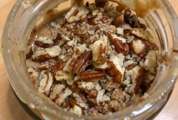 Burro d'arachidi, noci pecan e cannella ricetta